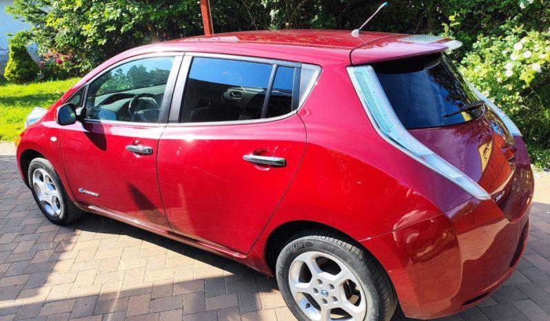 Nissan Leaf megtelt