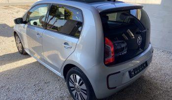 Volkswagen e-Up 2013 megtelt